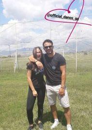 Ο Γιώργος μαζί με φαν στη Δράμα όπου βρέθηκε για να εκπληρώσει την ευχή του μικρού Άγγελου μέσω του Make a Wish - 9 Ιουλίου 2018 Φωτογραφία: ___danos___ Instagram