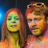 Ο Γιώργος και η Κωνσταντίνα έτοιμοι για το Run in Colour που θα γίνει στις 13 Οκτωβρίου 2018 στη Λεμεσό
