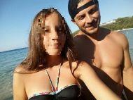 Ο Γιώργος μαζί με φαν στις Κουκουναριές στη Σκιάθο - 4 Αυγούστου 2018 Φωτογραφία: _arethmer Instagram