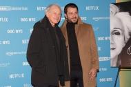 """Ο Γιώργος μαζί με τον ηθοποιό Victor Garber στην πρεμιέρα του ντοκιμαντέρ """"Olympia"""" στο Φεστιβάλ Ντοκιμαντέρ της Νέας Υόρκης - 11 Νοεμβρίου 2018 Φωτογραφία: Lou Aguilar flickr"""
