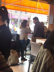 Ο Γιώργος κατά τη διάρκεια παραχώρησης συνέντευξης στην άννα Σαριγιάννη για το New Greek TV Φωτογραφία: Αριάδνη Ευαγγελοπούλου Facebook