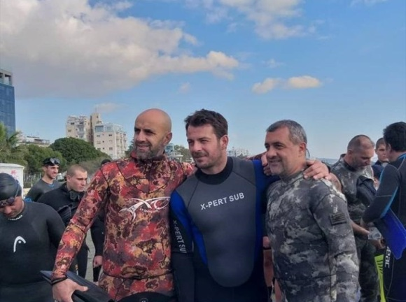 """Ο Γιώργος στην εκδήλωση """"Κολυμπώ με τους Ο.Υ.Κ. για τους μικρούς ήρωες"""" στη Λεμεσό - 22 Δεκεμβρίου 2018 Φωτογραφία: con_ianthi IG"""