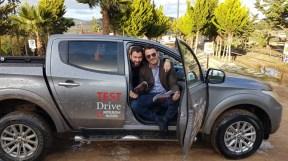 Ο Γιώργος με τον Βασίλη Σαρημπαλίδη στο Attart Off Road Park για τα γυρίσματα της Mitsubishi με το L200 - 23 Νοεμβρίου 2018 Φωτογραφία: zougla.gr