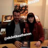 """Ο Γιώργος μαζί με τη Τζο Δεσύλλα κατά τη διάρκεια της παρουσίασης του βιβλίου του """"Ντάνος: Μια αφήγηση στην Αυγή Σαββίδου"""" στα γραφεία της Εκδοτικής Αθηνών που έγινε στις 23 Φεβρουαρίου 2019 Φωτογραφία: elena_gerarhaki Instagram"""