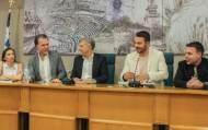 Ο Γιώργος στην παρουσίαση του βιβλίου του που έγινε στις 18 Απριλίου 2019 στη Λάρισα Φωτογραφία: anastasios_ntougkas Instagram