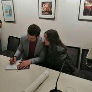 Ο Γιώργος κατά τη διάρκεια της παρουσίασης του βιβλίου του στο βιβλιοπωλείο ΙΑΝΟΣ στη Θεσσαλονίκη που έγινε στις 6 Απριλίου 2019 Φωτογραφία: athina_besikioti Instagram