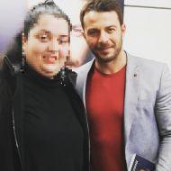 Ο Γιώργος μαζί κατά τη διάρκεια της παρουσίασης του βιβλίου του στο βιβλιοπωλείο ΙΑΝΟΣ στη Θεσσαλονίκη που έγινε στις 6 Απριλίου 2019 Φωτογραφία: _boo88_ Instagram