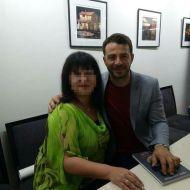 Ο Γιώργος μαζί κατά τη διάρκεια της παρουσίασης του βιβλίου του στο βιβλιοπωλείο ΙΑΝΟΣ στη Θεσσαλονίκη που έγινε στις 6 Απριλίου 2019 Φωτογραφία: giannakopoulou_m via giorgos_aggelopoulos_friends Instagram