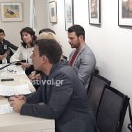 Ο Γιώργος κατά τη διάρκεια της παρουσίασης του βιβλίου του στο βιβλιοπωλείο ΙΑΝΟΣ στη Θεσσαλονίκη που έγινε στις 6 Απριλίου 2019 Φωτογραφία: thestival.gr