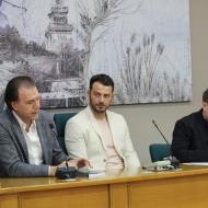 Ο Γιώργος στην παρουσίαση του βιβλίου του που έγινε στις 18 Απριλίου 2019 στη Λάρισα Φωτογραφία: Άλεξ Παπαγεωργίου από tinealarissa.gr