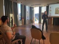 Ο Γιώργος στα βιωματικά σεμινάρια του Body in Balance που έγιναν στο ξενοδοχείο Dolce Attica Riviera στη Βραυρώνα στις 16-17 Μαρτίου 2019 Φωτογραφία: bodyinbalance.gr