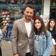 """Ο Γιώργος στην παρουσίαση του βιβλίου του """"Ντάνος: Μια αφήγηση στην Αυγή Σαββίδου"""" στην Κατερίνη - 4 Μαΐου 2019 Φωτογραφία: _vassiliki_dalamitra_ Instagram"""