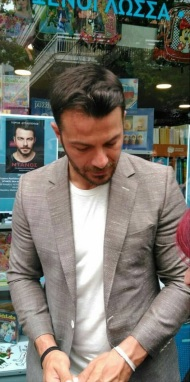 """Ο Γιώργος στην παρουσίαση του βιβλίου του """"Ντάνος: Μια αφήγηση στην Αυγή Σαββίδου"""" στην Κατερίνη - 4 Μαΐου 2019 Φωτογραφία: vassoskg Instagram"""