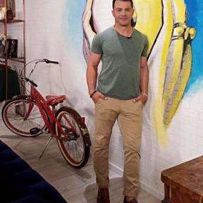 Ο Γιώργος στα παρασκήνια της εκπομπής dot. όπου παραχώρησε συνέντευξη - 20 Ιουνίου 2019 Φωτογραφία: elena_gerarhaki Instagram