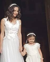 """""""Όλγα και Λήδα"""" κατά τη διάρκεια των γυρισμάτων για τον τηλεοπτικό τους γάμο του Στέφανου και της Όλγας - 3-4 Μαΐου 2019 Φωτογραφία: Tatouaz - Τατουάζ Facebook"""