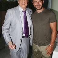 """Ο Γιώργος με τον Γιώργο Κωνσταντίνου στο θέατρο """"Άλσος"""" όπου παρακολούθησε την παράσταση """"Το δικό μας σινεμά"""" - 10 Ιουλίου 2019 Φωτογραφία: znews"""