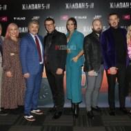 Ο Γιώργος μαζί με το καστ στην avant premiere της ταινίας Χαλβάη 5-0 στην Αθήνα - 27 Ιανουαρίου 2020 Φωτογραφία: FThis