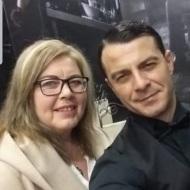 Ο Γιώργος με τη θεια του Zdravka στην avant premiere της ταινίας Χαλβάη 5-0 στην Αθήνα - 27 Ιανουαρίου 2020 Φωτογραφία: Zdravka Sultani Facebook