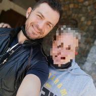 Ο Γιώργος μαζί με φαν στη Ρόδο - 26 Απριλίου 2021 Φωτογραφία: christossentis78 IG